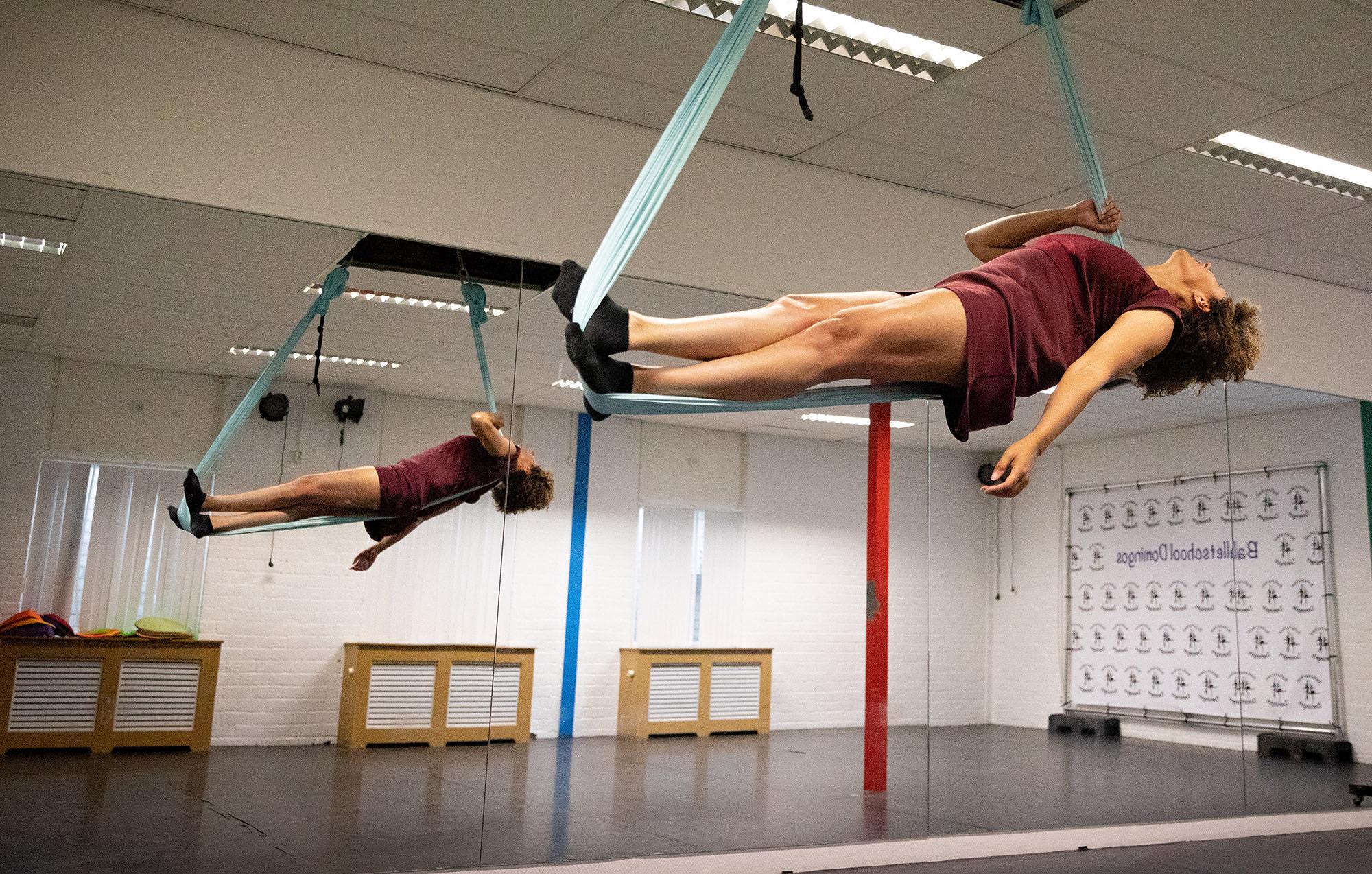 Aerial Yoga Delfgauw Hoek van Holland