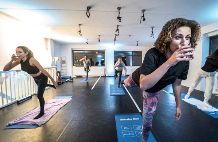 Gintonic Yoga